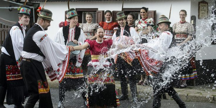 Hungarian Easter celebrations – PHOTOS