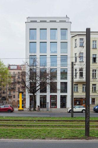 KUEHN MALVEZZI — Apartment house in Berlin Mitte