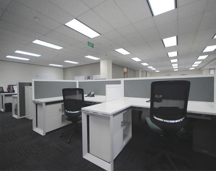 DNV | Henderson, WA. Designer: Trojan Horse Interiors. UCI Supplied: Flow workstations with Zodiac screens, Metal storage - caddies and tambour units. uci.com.au