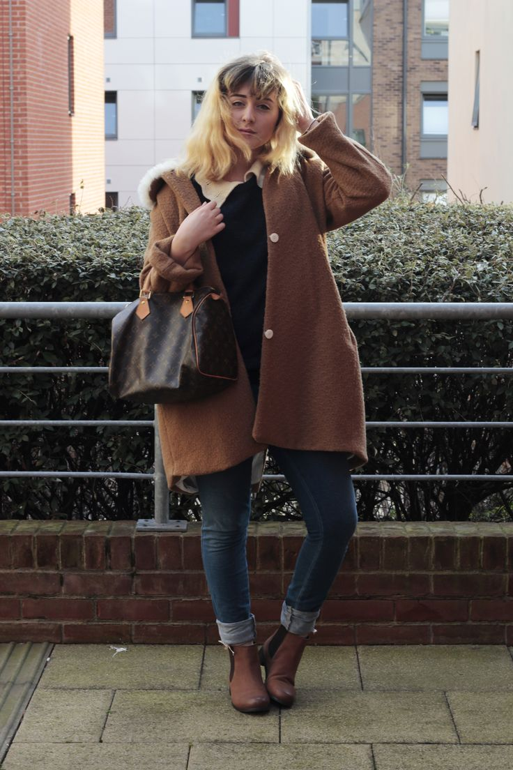 brave brown chelsea boots outfit men