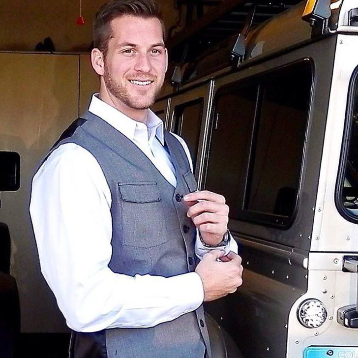 Pin for Later: Where You Can Follow the Bachelorette Cast on Social Media Chase McNary  Twitter: @cbmcnary Facebook: Chase Brody McNary