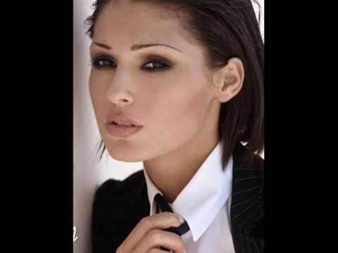 Essere una Donna - Anna Tatangelo (with English Lyrics) -- The music that it mixed jazz and pop music and Chill Out Music with. While playing a romantic cord progression, all the listeners may excite!….ღ** --