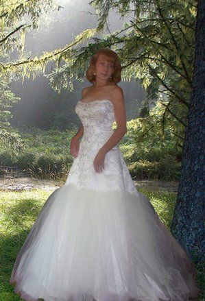 Mori Lee Ivory & White Silk Lace Organza 4063 Modern Wedding Dress Size 6 (S). Mori Lee Ivory & White Silk Lace Organza 4063 Modern Wedding Dress Size 6 (S) on Tradesy Weddings (formerly Recycled Bride), the world's largest wedding marketplace. Price $301.25...Could You Get it For Less? Click Now to Find Out!
