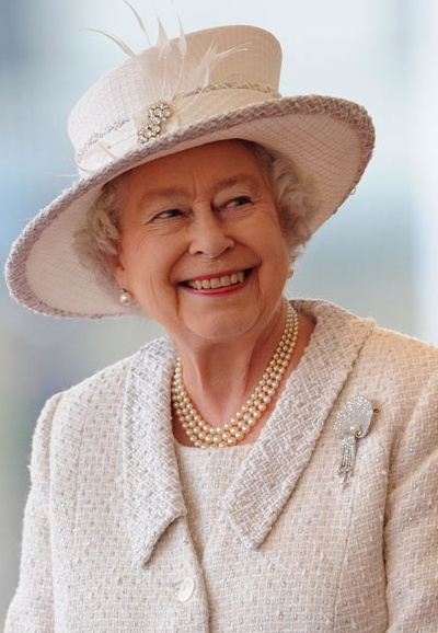 Queen Elizabeth II  www.SELLaBIZ.gr ΠΩΛΗΣΕΙΣ ΕΠΙΧΕΙΡΗΣΕΩΝ ΔΩΡΕΑΝ ΑΓΓΕΛΙΕΣ ΠΩΛΗΣΗΣ ΕΠΙΧΕΙΡΗΣΗΣ BUSINESS FOR SALE FREE OF CHARGE PUBLICATION