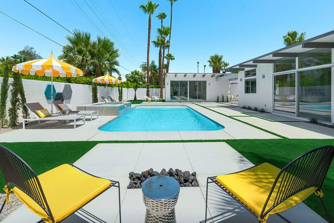 Midcentury house pool in Palm Springs.