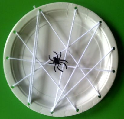 Image detail for -crafts for preschoolers including halloween - Crafts For Preschool ...  What a simple, fun way for my kids to make a spider web.  They love using a hole punch and they can work on find motor skills by threading the string.  Win-win!!