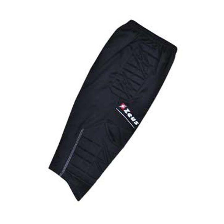 Pantalone Zeus per portiere a 3/4 imbottito ideale per tornei di calcio e allenamento. 100% poliestere completamente personalizzabile con nome, logo e numero a soli 12,90€ da #Pegashop al prezzo migliore.
