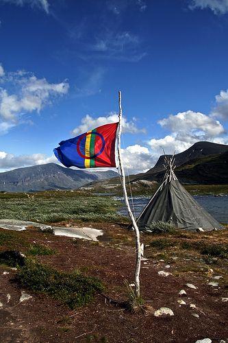 Sami flag - the round circle symbolizing the shaman drum