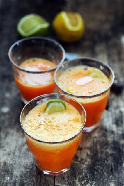 Smoothie orange carrot ginger and lime | Dorian Nieto