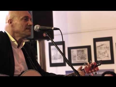 Essi Vivono - Marco Ongaro Live In Verona - Play Audio