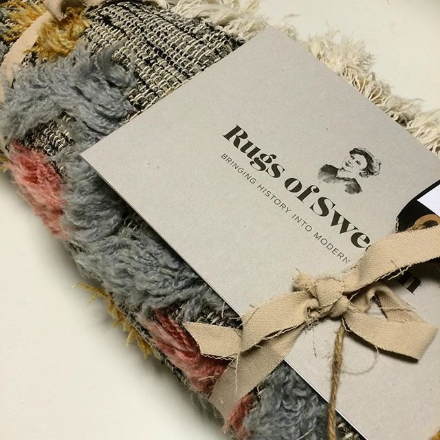 Beautiful vintage rag rugs from Sweden. Today we have packed for Broadway, Berlin and London. Lovely Swedish women handcraft appreciate worldwide.  Welcome to find your favourite at www.rugsofsweden.com - #swedish #design#handcraft#rugsofsweden #uniquegift #ragrug #ragrugs #ragrugstyle