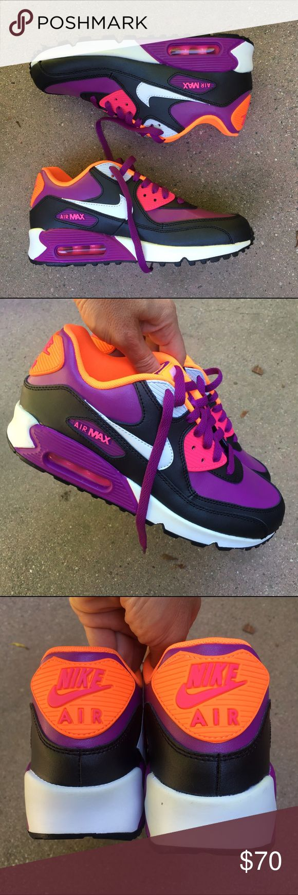 NWOB AIR MAX 90 ...SZ 5.5 youth / 7 women