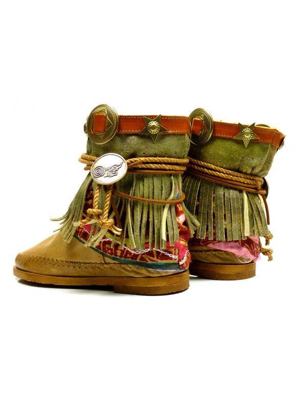 Karma of charme boots Santa Cruz 7 - beige  vind je bij Emmen schoenen de (online) winkel voor mooie schoenen