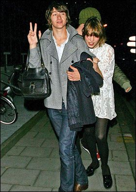 alex+alexa. How bloody beautiful, it looks like he is wearing her jacket and carrying her handbag... if I didn't love him before (DID) I most certainly do now!!!!
