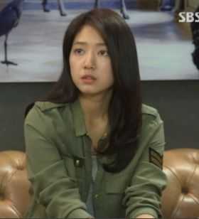 ep6 Park Shin Hye as Cha Eun Sang : zadig-et-voltaire shirts [The Heirs]