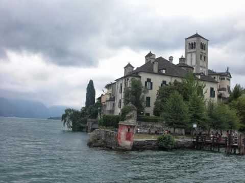 Discover lake Maggiore with Micaela, a Stresa private local guide