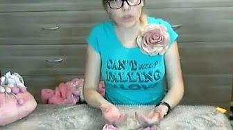(111) Мокрое валяние ✿ Цветы из шерсти ✿ Войлочная брошь ✿ МК Ирины Пановой - YouTube