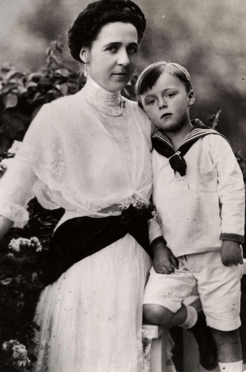 Prince Bernhard of Lippe- Biesterfeld, later prince consort of Netherlands, with his mother, Armgard of Sierstorpff-Cramm