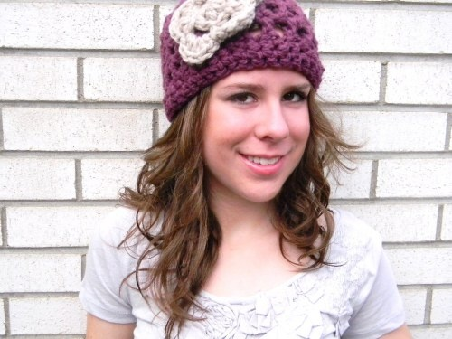 I think I need one of these: Crochet Flowers, Flowers Hats, Girls Hats, Free Crochet, Patterns Friday, Cute Hats, Crochet Hats Patterns, Free Patterns, Crochet Patterns