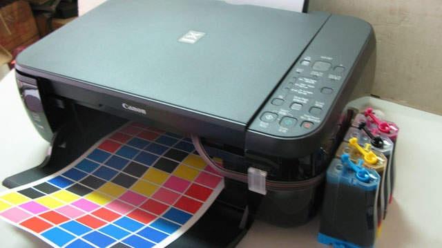 bisa untuk ngeprint gambar  gambar bagus dan berwarna terang sesuai untuk cetak undangan dan bermacam macam cetakan  harga dijamin murah  hubungi kami  http://www.duokomputer.com