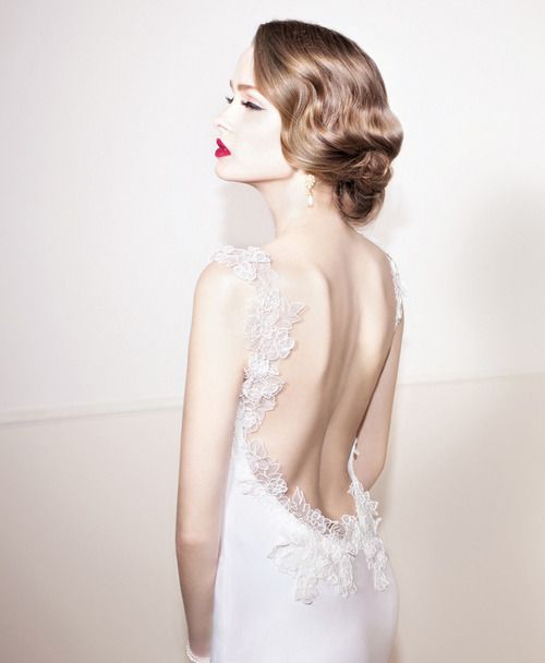 Le stanze della moda: Abiti da sposa 2014 cercasi: schiena in primo piano