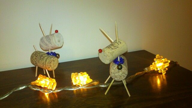 Small Reindeers made of wine corks