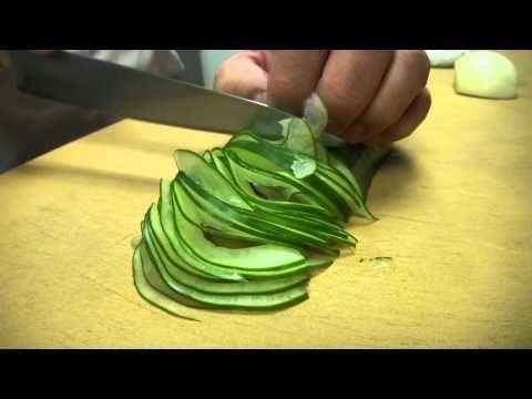 Blindfolded!! Fast and Precise Cutting Skills - Master Sushi Chef Hiro Terada