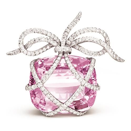 Wrapped Brooch - Oval-faceted pink kunzite, diamond and platinum, by Verdura