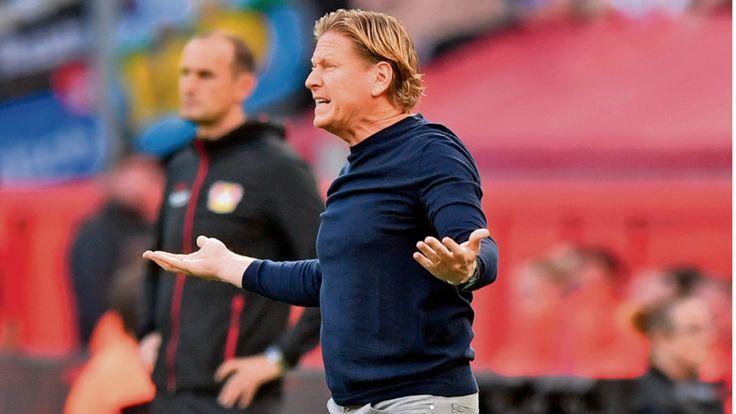 Verschuldet v. Aufsichtsrat !! Vier Pleiten in Serie, kein Tor im September. Nach dem 0:3 in Leverkusen ist der HSV wieder abgestürzt. Auf Platz 15. Die Fakten sind desaströs.