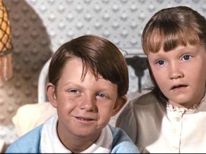 Matthew Garber (Michael Banks)  A childhood friend of Karen Dotrice and another favourite of Disney's, Garber also starred in The Three Lives of Thomasina before signing on to play young Michael Banks.
