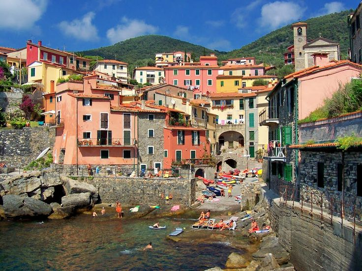 Tellaro is the small beautiful town located on the eastern coast of the Gulf of La Spezia in Liguria, Northern Italy.