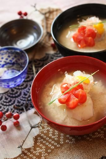 Ozoni | Zoni is a soup dish which contains mochi (rice cakes) and other ingredients, and it is usually eaten in the New Year.
