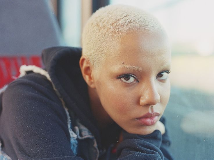 Buzz Cut Hair Styles: Best 25+ Shaved Heads Ideas On Pinterest