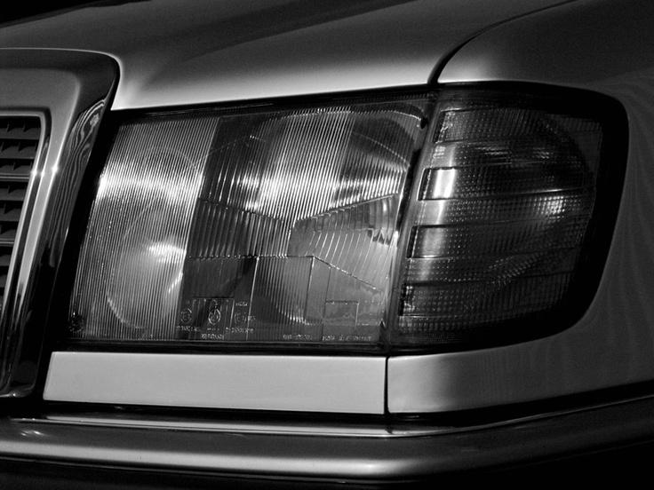 8 best youngtimer images on pinterest classic trucks for Mercedes garage 93