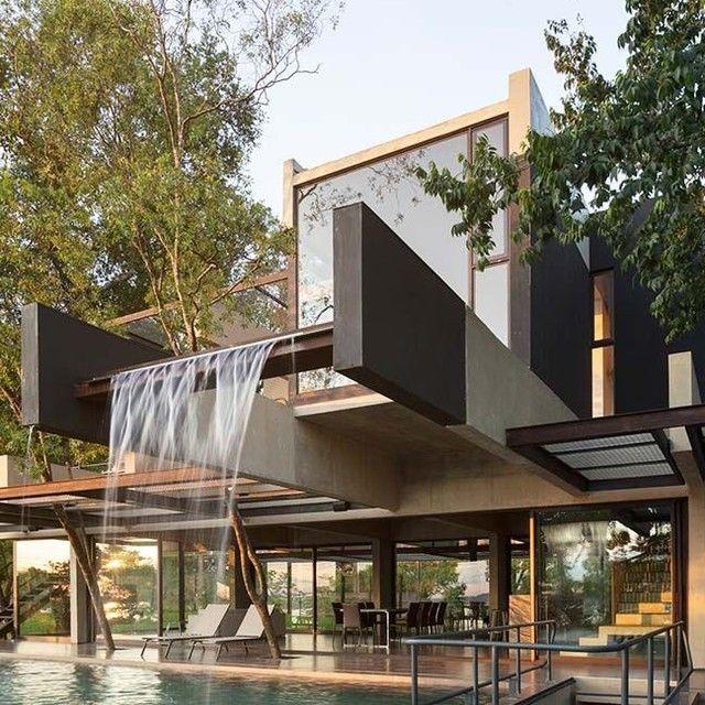 Inspiration For Your Dreams House Hillside House In Bernardino Source Bauen Cginterior Cahayagemila Modern Villa Design Modern House Exterior Villa Design