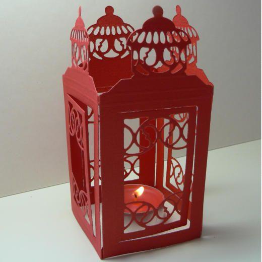 """Lanterne de papier cartonné découpée avec le  Creatable Die """"Grande lanterne"""" LR0190 de Marianne Design"""