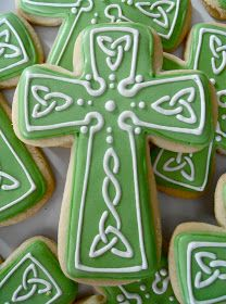 Celtic Cross cookie -- St Patrick's Day iced cookies