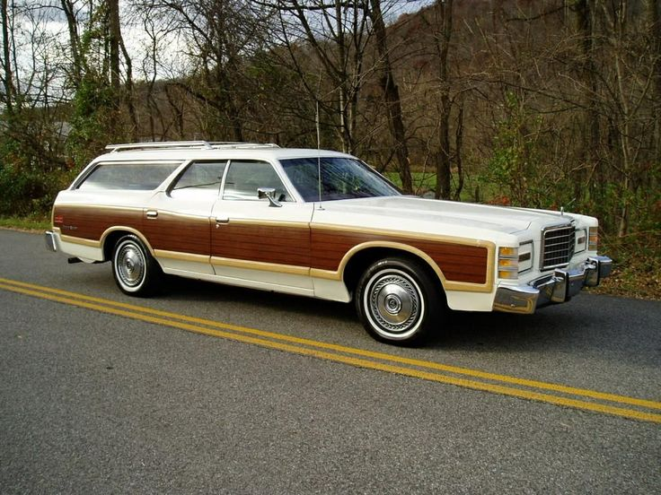 1978 Ford LTD Country Squire. ★。☆。JpM ENTERTAINMENT ☆。★。 (the car I drove when learning to drive)