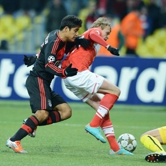 Melgarejo, Benfica & Evgeni Makeev, Spartak. | Spartak Moskva 2-1 Benfica. 23.10.12.