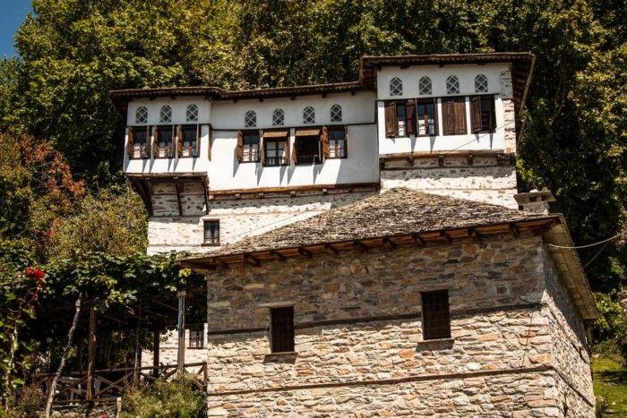 Ένα ελληνικό χωριό τόσο όμορφο, που έχει χαρακτηριστεί ζωντανό μουσείο αρχιτεκτονικής-ΒΥΖΙΤΣΑ