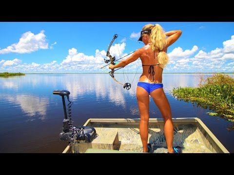 Airboat Freshwater Bowfishing & Bassfishing in Central Florida - YouTube