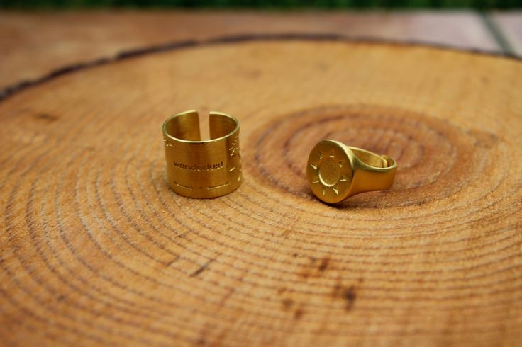 Rings for all fingers with sun and world engraved on www.goldentiara.gr