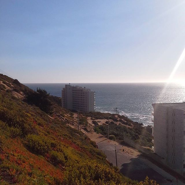 Inevitable el relajo con esta vista. Casi olvidamos que vinimos a trabajar ✨🌊#Concon #mar #sea #relaxtime #unsegundoderelajo
