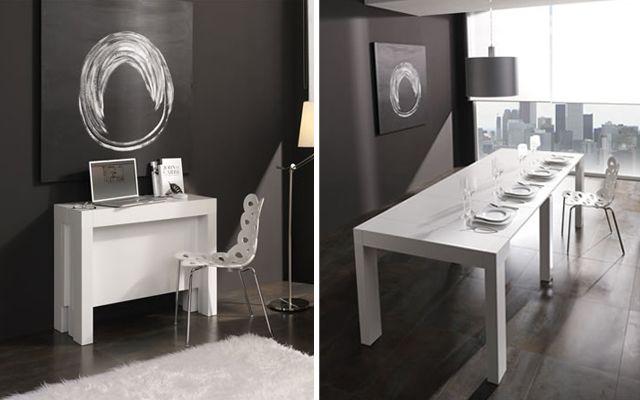 Este mueble es perfecto para armar dos espacios en tu depa. Por un lado puede servir de un bello escritorio y por ocasiones puede convertirse en una bella mesa para recibir a tus invitados.
