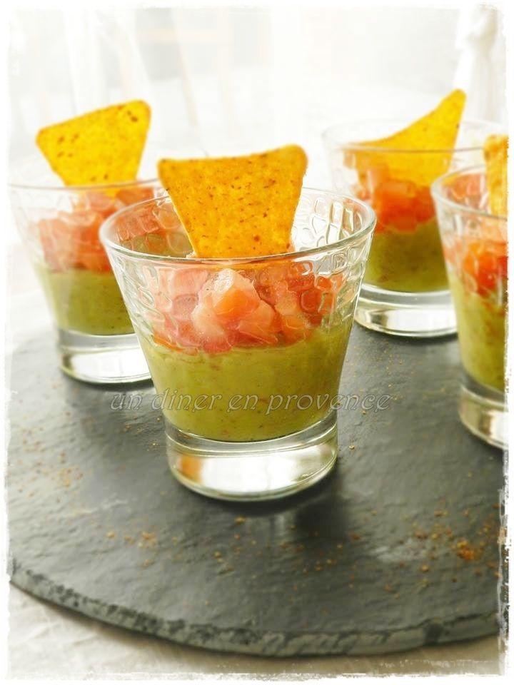Verrines de guacamole maison et tomates fraiches