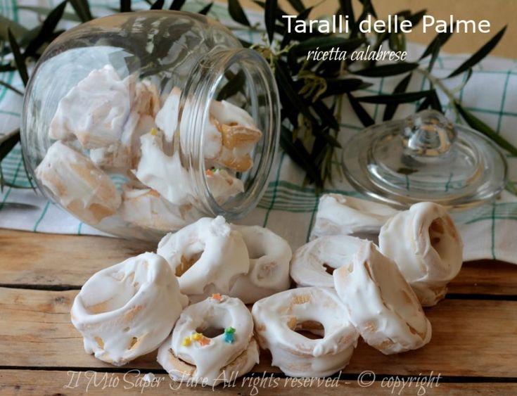 Taralli delle Palme ricetta calabrese con solo due ingredienti.I tarali pasquali glassati con naspro sono facili, troverete anche la ricetta dello scileppo