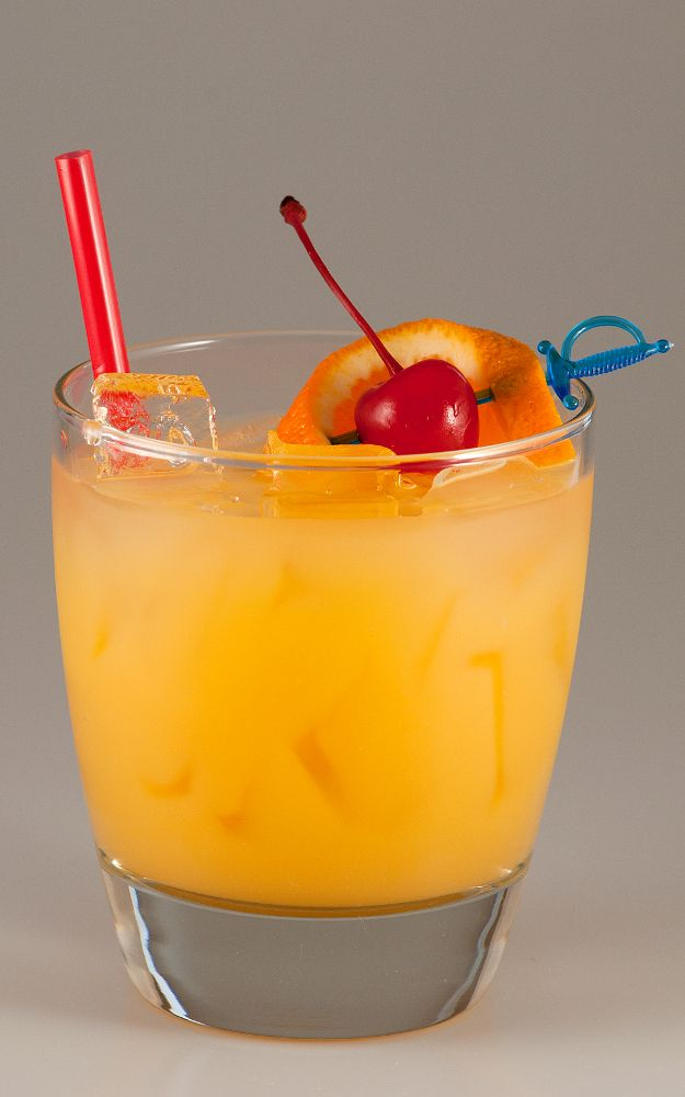After a hard day, kick off your evening with an Agent Orange drink. Dare to try this tasty combination of honey whisky liqueur Yukon Jack, bourbon whisky Jim Beam, apple schnapps Berentzen, and orange juice. The end result is up front whisky notes followed by a hint of apple, finishing with a smooth orange flavour.