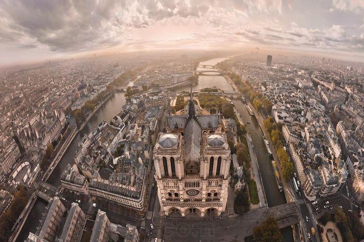 Zaskakujące zdjęcia Paryża