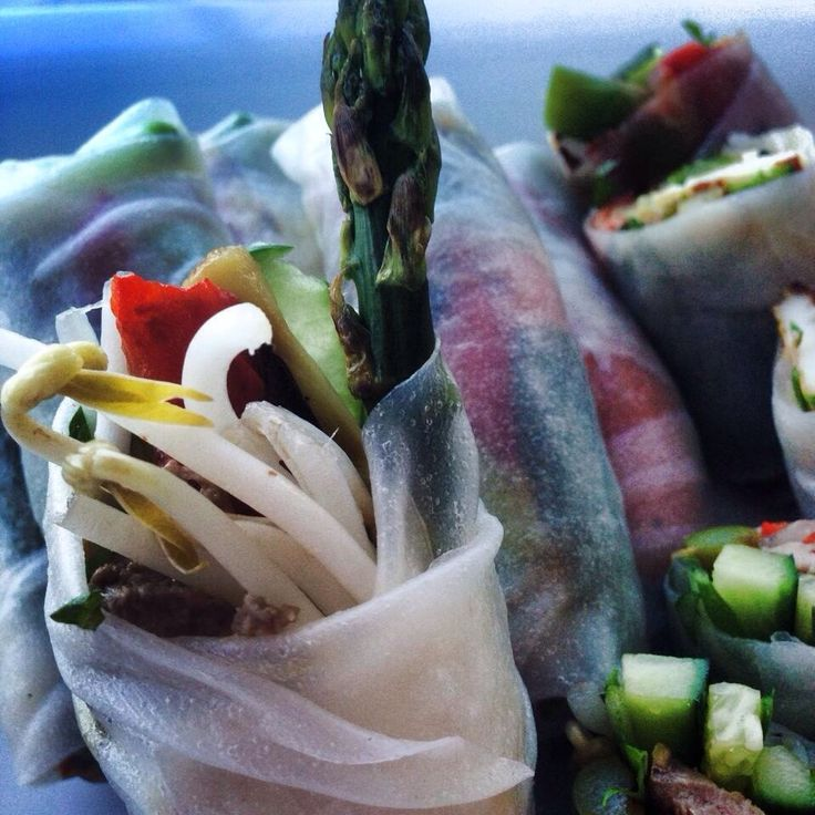 Mediterranean style rice paper rolls with grilled asparagus and haloumi. Recipe on poemanddish.com