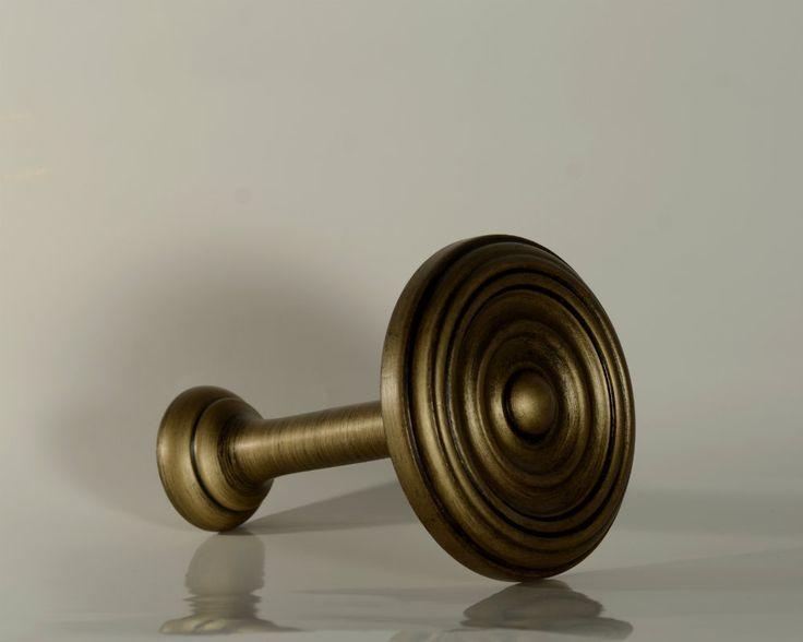Ryan Wallcoverings Ltd - Antique Gold Holdbacks (Pair), €39.00 (http://www.ryanwallcoverings.com/antique-gold-holdbacks-pair/)